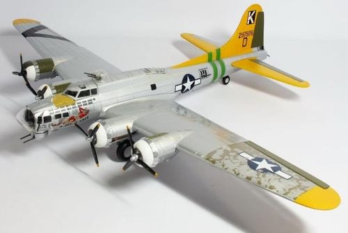 "B-17G Flying Fortress Mk.III USAAF ""Bit o' Lace"""