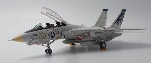 F-14A Tomcat USN VF-143 Pukindogs